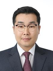최재우 교수 사진
