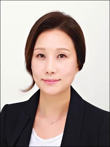 윤성옥 교수 사진