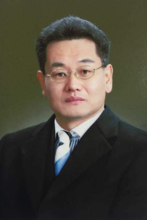 최명식 교수 사진